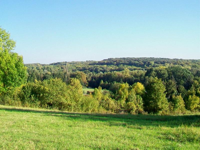 Vue sur la vallée de l'Ysieux à l'ouest de Fosses, depuis le nord-ouest (territoire communal de Bellefontaine) par P.Poschadel sous licence CC 2.0