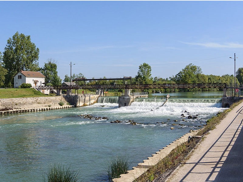 1024px-Barrage_Noisiel_Marne (c) Myrabella CC BY-SA 3.0 - recadrée en 800x600