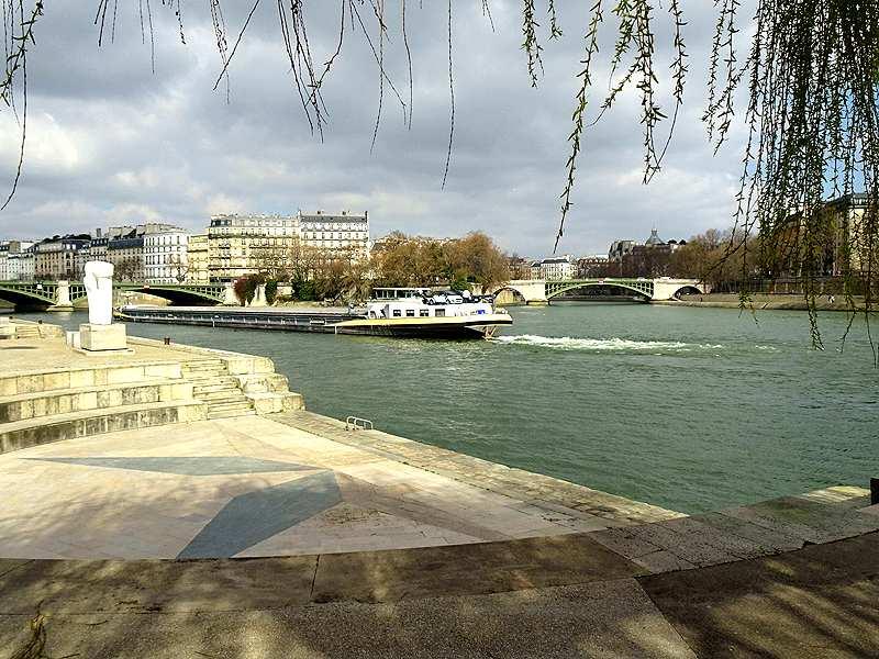 Quais-de-Seine-Cath-D